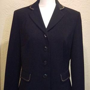 Size 8 Black lined Travis Ayers Blazer w stitching
